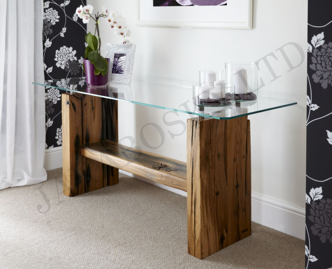 Glassic Console Table