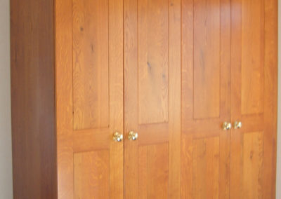 "Wardrobe in Oak to customers stain 6'x7'6"" (1.8m x 2.29m H)"